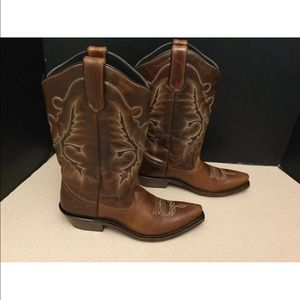 Gypsy Rose Shoes - Womens Gypsy Rose Western Cowboy Boots. Size 7.5M